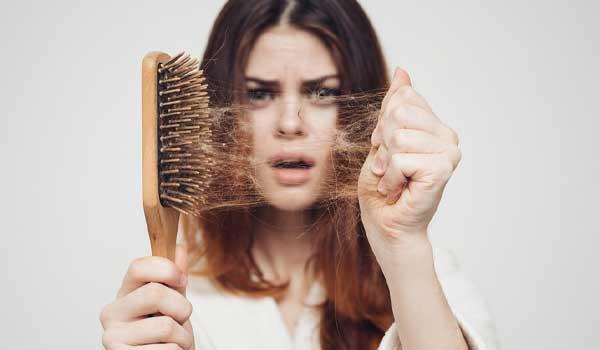 دلایل ریزش مو چیست؟