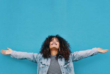 10 روش موثر و ثابت شده برای شاد بودن