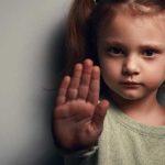 شناخت انواع کودک آزاری و علل آن