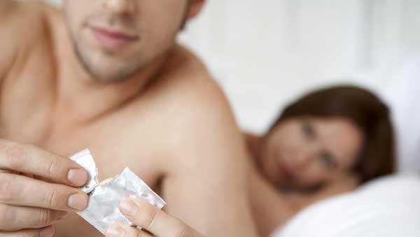 استفاده از کاندوم جلوگیری از ایدز