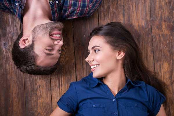 ارتباط چشمی عاشقانه