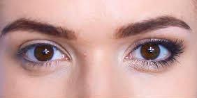 چشمان کوچک